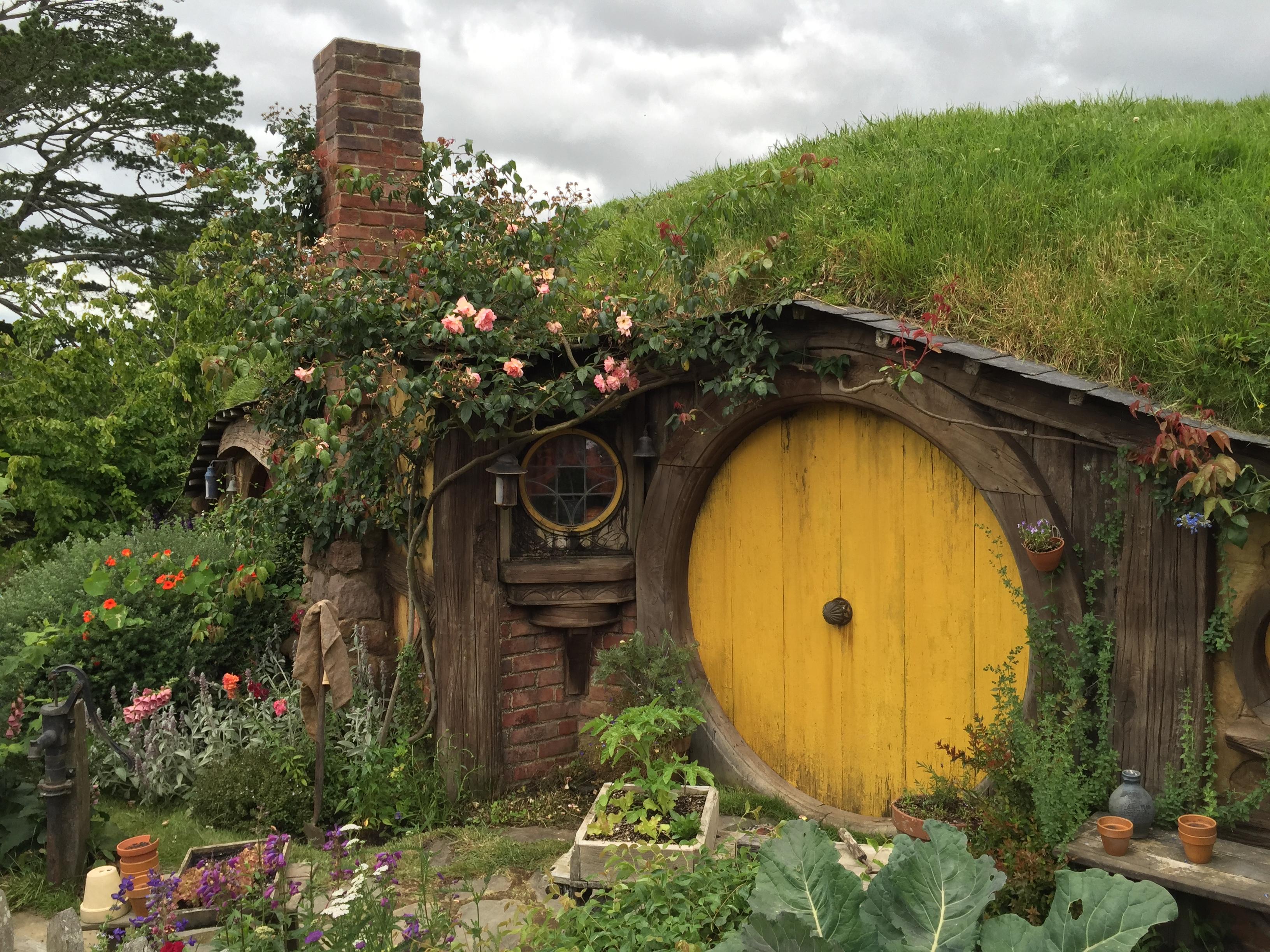 Hobbiton Movie Set New Zealand Worldly Trekker